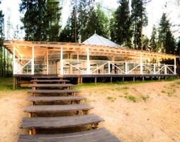 Шатер на берегу озера Лазурное (1)