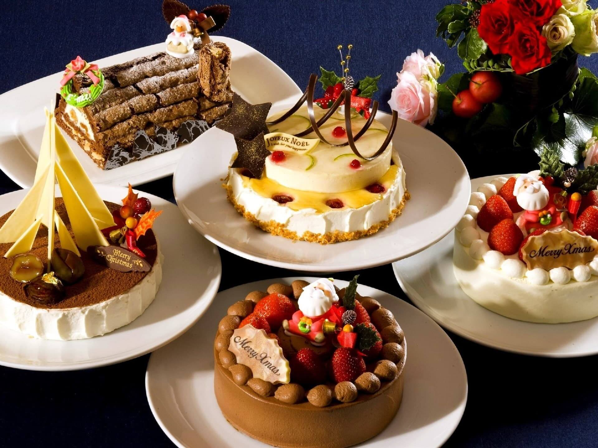 Many kinds of cakes for Christmas 1920x1440